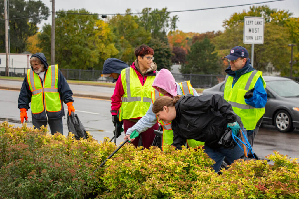 Volunteer crew picks up litter